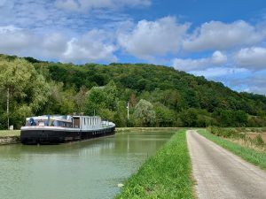 Canal de Bourgogne Voie Verte